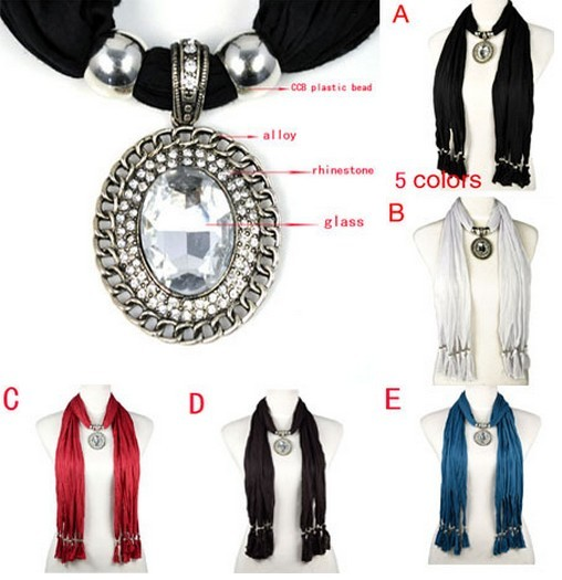 SEO_COMMON_KEYWORDS Oval shaped charm with big glass stones pendant scarves necklace